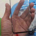 حفره نمایشگر گلکسی اس ۱۰ کوچکتر از گلکسی A8s است