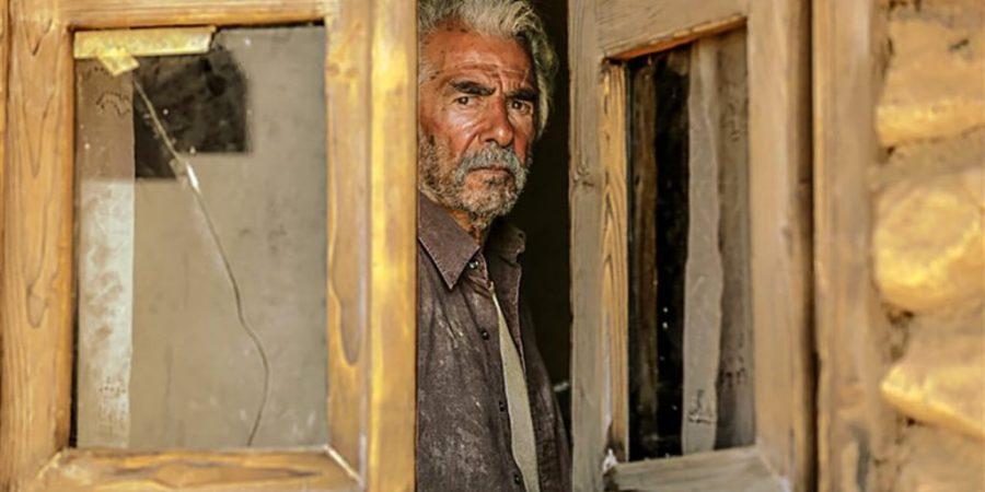 نقد فیلم خروج – بیایید مسائل را باهم قاطی نکنیم