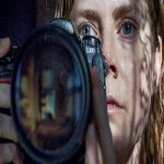 معرفی فیلم زنی پشت پنجره